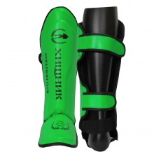 takeshi predator shinguards green
