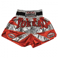 yokkao-saenchai-muay-thai-gym-red-shorts-c1a